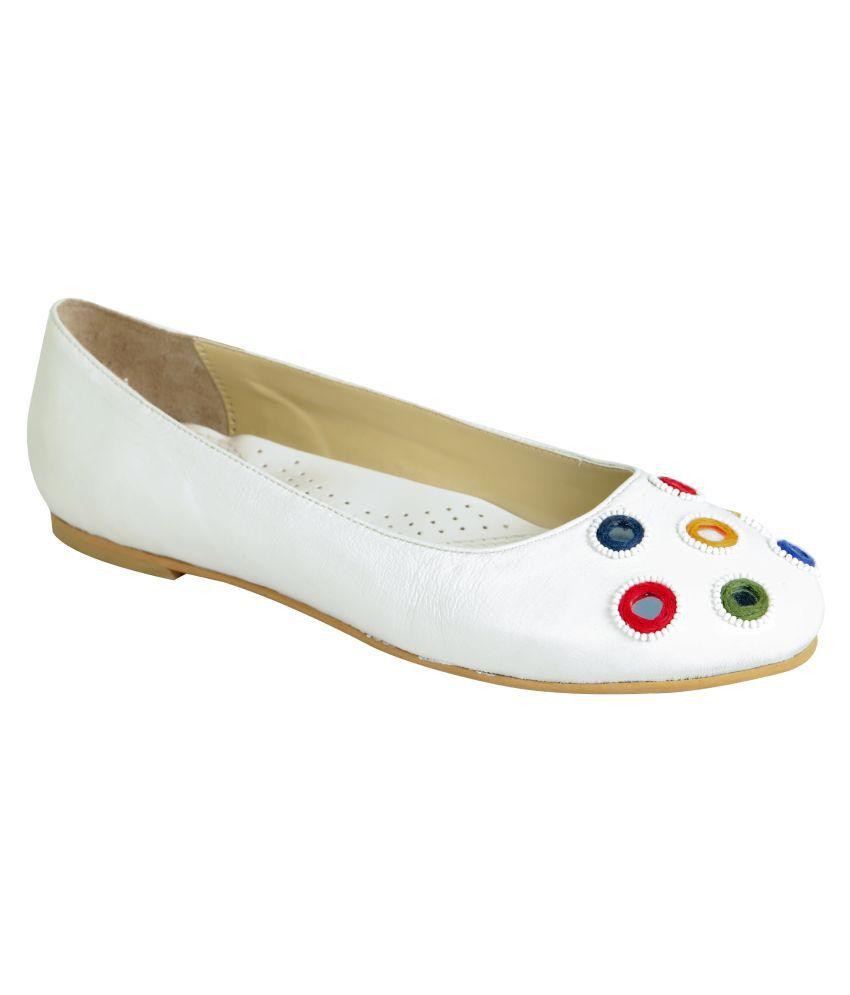 Amica Slexia White Flats