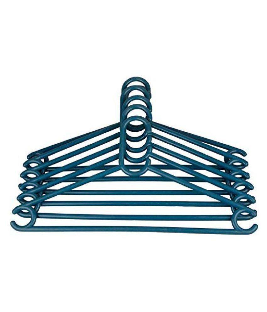 Hazzlewood Plastic Hanger Pack of 6 (Blue)