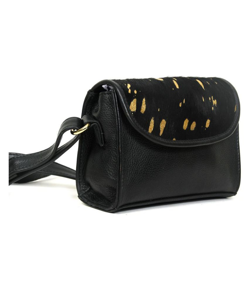 NOW COLLECTION Black Leather College Bag